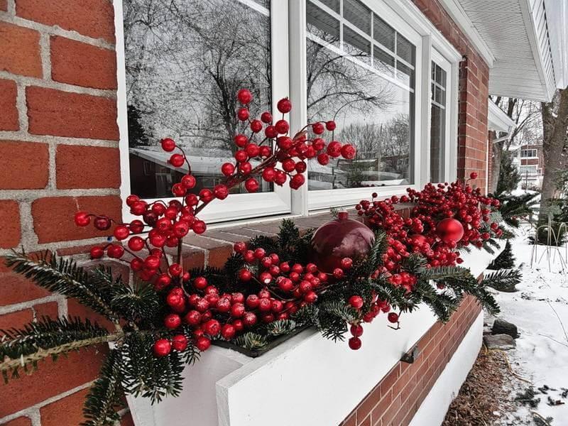 как офорить окно снаружи в новый год