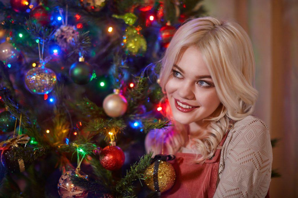 новогодний макияж для блондинок