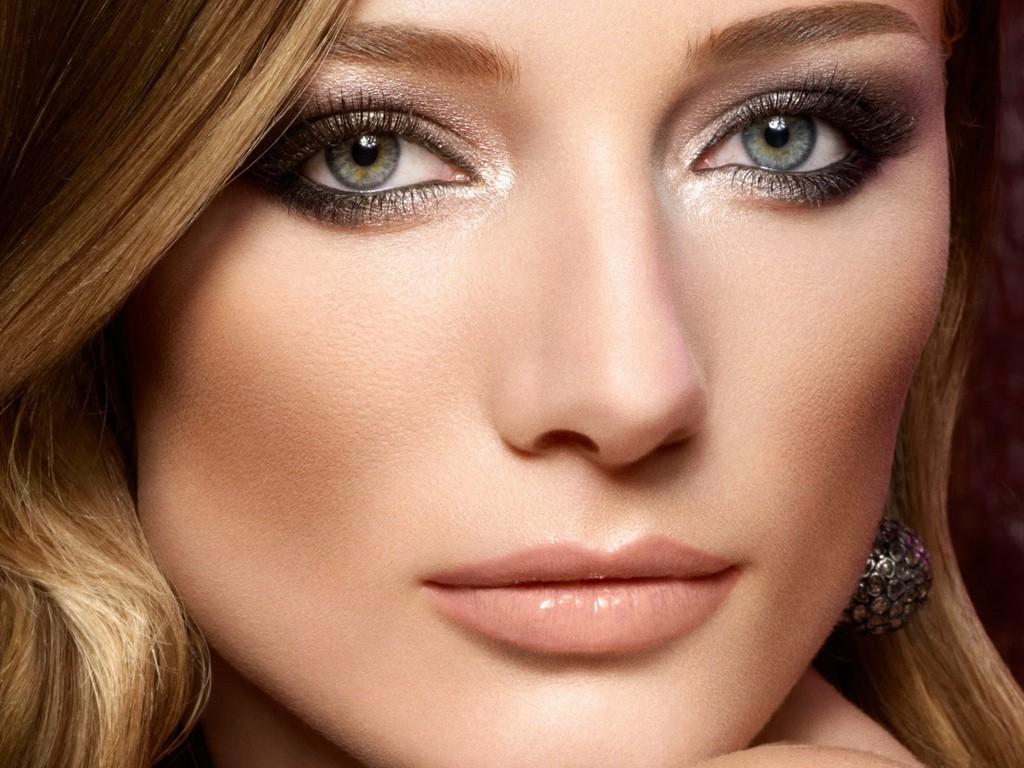 естественный новогодний макияж для зеленых глаз