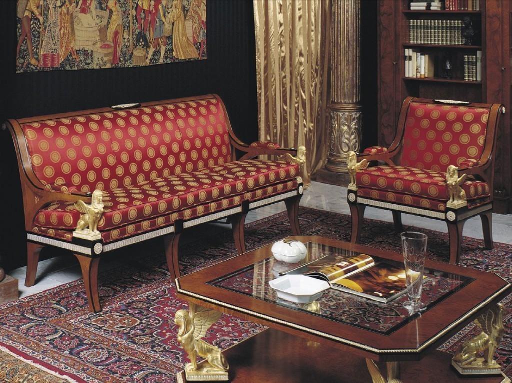 диван в стиле ампир в интерьере
