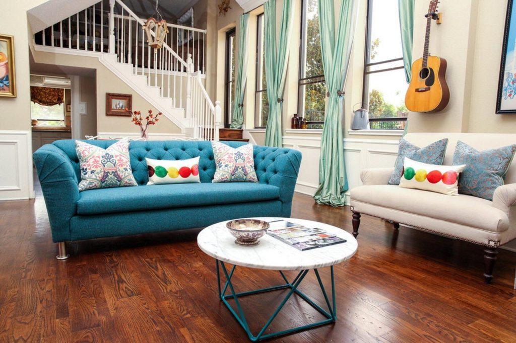 диван в стиле Эклектика в интерьере